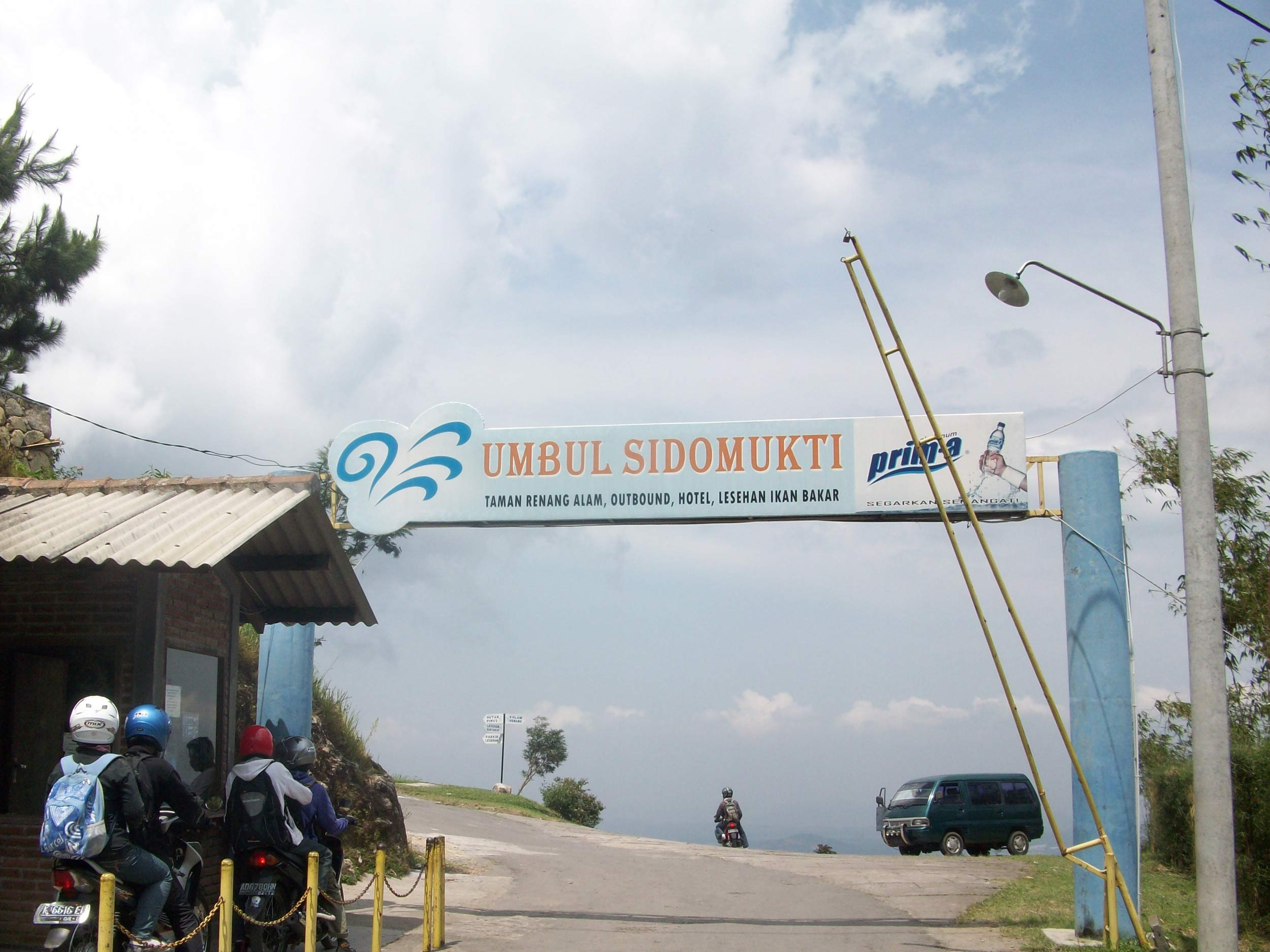 Umbul Sidomukti Ungaran Semarang Dolandolanwae