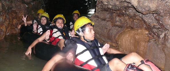 Cave Tubing Kalisuci, Gunung Kidul, Yogyakarta